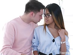 Libidinous baby in glasses Roxy Lips is fucked in her tight anal hole