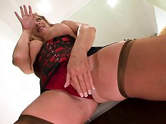 Mature French whore in stockings enjoys interracial dealings